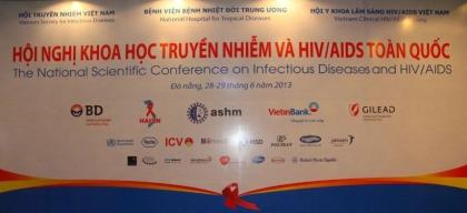 Hội nghị Khoa học Truyền nhiễm và HIV/AIDS toàn quốc năm 2013