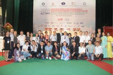 Hội nghị khoa học Toàn quốc về bệnh truyền nhiễm HIV/AIDS và Hội nghị lần thứ 8 khu vực Đông Nam Á về Y học nhiệt đới và Ký sinh trùng