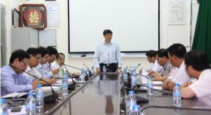 Lãnh đạo Bộ Y tế kiểm tra công tác phòng, chống dịch MERS-CoV tại Bệnh viện Bệnh Nhiệt đới Trung ương